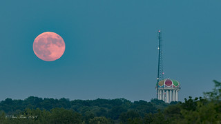 Moon over Worlds of Fun
