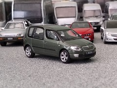 Skoda Roomster (quicksilver coaches) Tags: skoda roomster hongwell cararama abrex 172 176 oo diecast model