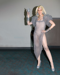1L2A0479-Edit-Photographer-Bouncelight (bounce_light) Tags: auntyentity cosplayer madmax sdcc sandiegocomiccon aunty chainmail cosplay dress thunderdome