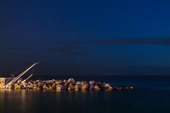 Entre douceur et dureté ... (gillesgxl) Tags: roches rocks mer sea bleu blue sky ciel landscape paysage nuit night martinique antilles
