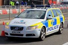 Merseyside Police Volvo V70 D5 Roads Policing Unit Traffic Car (PFB-999) Tags: merseyside police volvo v70 d5 estate roads policing unit rpu traffic car vehicle lightbar grilles fendoffs leds ae62ebc aintree liverpool