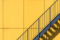 Blue staircase, yellow wall (Jan van der Wolf) Tags: map185263v blue blauw yellow geel lines lijnen lijnenspel interplayoflines playoflines trap stairs staircase stairway shadow schaduw schaduwen schaduwspel shadows shadowplay geometric geometry geometrisch geometrie