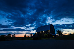 The Barn (Anvilcloud) Tags: carletonplace ontario canada ca barn thebarn sunset building sky longexposure