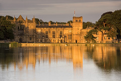 Reflections of Byron (Tracey Whitefoot) Tags: 2018 august summer nottinghamshire notts nottingham newstead abbey byron poet lord reflections reflection lake top dusk sunset light gold golden