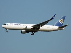 P4-KEA Boeing 767-3KYER of Air Astana (johnyates2011) Tags: bangkok bangkokairport bangkoksuvarnabhumiairport bangkoksuvarnabhumiinternationalairport suvarnabhumiinternationalairport suvarnabhumiairport p4kea boeing b767 boeing767 airastana