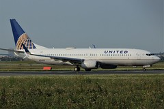 United Airlines N76522 (shumi2008) Tags: unitedairlines unitedairlines737 boeing737 boeing738 b737800 staralliancemember toronto torontopearson pearsonairport yyz cyyz