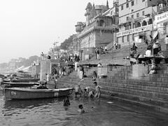 varanasi 2017 (gerben more) Tags: varanasi blackwhite monochrome ghats people ganges ganga boat benares india stairs water