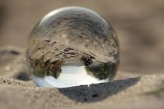(Px4u by Team Cu29) Tags: ostsee kugel spiegleung reflexion deich sand strand düne dünengras see wasser glas