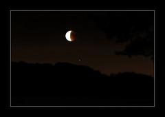 Hünxe - 27.7.2018 Lunar eclipse with Mars (Daniel Mennerich) Tags: lunareclipse bloodmoon blutmond mond luna canon dslr eos hdr hdri spiegelreflexkamera slr
