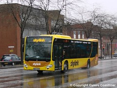 Rainy Skies (3) (Cymru Coastliner) Tags: kinchbus mercedesbenz citaro 916 bf67whp bus leicester skylink wellglade