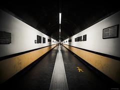 Walk Right, Spianata Castelletto Elevator - Genova (Sebastian Bayer) Tags: architektur perspektive symbol durchgang spianatacastelletto stadt tunnel street weg geometrie italien minimalistisch genua aufzug tiefe