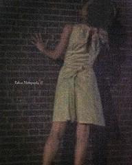 Something to be seen (Robica Photography) Tags: robicaphotography d3200 2018 streetphotography straatfotografie tilburg evening woman dark dim lowkey grain highiso dress wall brick portrait