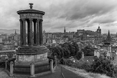 Edinburgh in the rain (ralcains) Tags: scotland edinburgh leica leicam240 leicam voigtlander skopar 35mm architecture arquitectura flickrtravelaward ngc m240 clouds cloudy nubes nublado