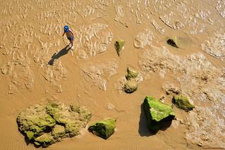 El niño y la marea baja - The child and the low tide