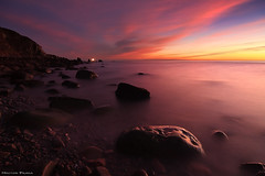 Sweet Purple (Hector Prada) Tags: sunrise amanecer sea mar sky cielo clouds nubes rocks rocas longexposure basquecountry paísvasco largaexposicion silks sedas light luz seascape bermeo