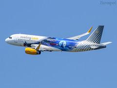 EC-MYC Airbus A320 Vueling (@Eurospot) Tags: ecmyc airbus a320 vueling barcelone bcn lebl
