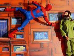 HOT TOYS SPIDER-MAN (theskullreviews) Tags: hot toys spiderman spider man mms245 adventure team commander talking