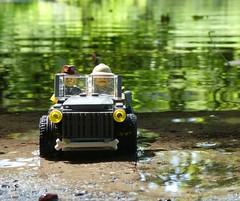 Jeep am Wasser (captain_joe) Tags: toy spielzeug 365toyproject lego minifigure minifig moc car auto jeep wasser water schwentine