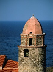 COLLIOURE NOTRE DAME DES ANGES CHURCH BELL TOWER (patrick555666751 THANKS FOR 5 000 000 VIEWS) Tags: collioure notre dame des anges church bell tower clocher ourladyofangels eglise igreja iglesia chiesa our lady of angels cotlliure roussillon rossello catalogne catalunya catalonia pyrenees orientales mediterranee mediterranean mediterraneo cote vermeille france europe europa pays catalan paisos catalans