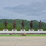 Bronze statues of 7 Thai kings in Rajabhakti park near Hua Hin, Thailand thumbnail