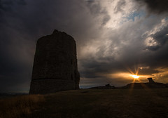 Hadleigh Castle (selvagedavid38) Tags: castle storm sunset clouds essex hadleigh hill sky ruins tower
