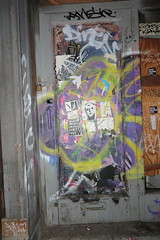 IMG_9050 (Mud Boy) Tags: nyc newyork walk latefridaynightwalkinnyc latefridaynightwalkinnewyorkcity manhattan streetart graffiti chinatown