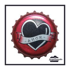 Cerveza la Virgen IPA (J.Gargallo) Tags: lavirgen ipa cerveza cerveja beer birra bier chapa drink bebida macro macrofotografía marco framed amor love corazón heart canon canon450d eos eos450d 450d tokina tokina100mmf28atxprod