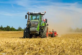 *Czech Field Premiere* FENDT 943 Vario MT Tractor