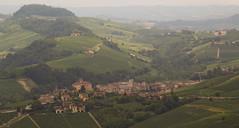 IMG_9444-4 (ObiOneStenobi) Tags: italy italia barolo cuneo la morra wine vino vigneto vineyard piemonte