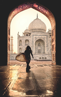 India: Taj Mahal. Perpetual Love.