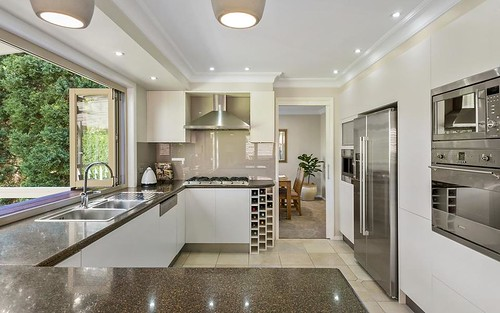 8 Jade Pl, West Pennant Hills NSW 2125