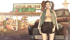 883 (Tomomi alpaca Homewood) Tags: emery fameshed monso labaguette ksaamusiccommune junk garage
