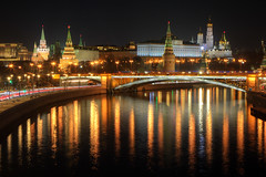 illumination (Sergey S Ponomarev - very busy) Tags: sergeysponomarev moscow russia russie russland kremlin highlight hdr river reflections сергейпономарев город москва столица путешествия ночь река мост urban canon eos 70d travel worldcup2018 capital