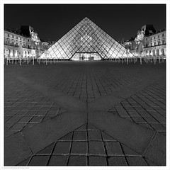Musee de Louvre at Night II / Paris, France (Andrew James Howe) Tags: mono blackandwhite paris louvre museedelouvre architecture square