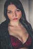 Elise (www.michelconrad.fr) Tags: vert rouge bleu canon eos6d eos 6d ef24105mmf4lisusm 24105mm 24105 femme modele portrait studio veste noir cuir chaise lingerie