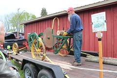 Newfane 066 (31) (swi66) Tags: dunkirk hit miss motors diesel cannons farm tractor john deere antique historical