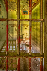20171120_LANCASTER and WV_20171120-BFF_5057WV Penitentiary_HDR (Bonnie Forman-Franco) Tags: jail jailcell jailbed yellowcell prison penitentiary abandoned abandonedprison abandonedphotography abandonedpenitentiary prisoncell cellbars photoladybon bonnie photography photographybywomen photographer hdr imprisoned westvirginia westvirginiapenitentiary westvirginiaprison nikon nikonphotography nikond750