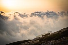 Wolkenmeer (vs_foto) Tags: alpen alps berge canon canon5dmkiii clouds hütte landscape landschaft vsfoto vsphotography wolken hut mountain
