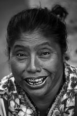 """"""" Stars smile """" (poupette1957) Tags: art atmosphère black canon city curious detail guatemala humanisme imagesingulières life lady monochrome noiretblanc noir photographie people portrait maquillage rue street town travel urban ville voyage"""