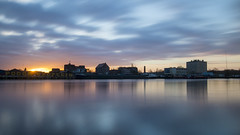 A windy and cloudy morning in Szczecin (HansPermana) Tags: szczecin stettin poland polen polska city cityscape hafen hafenstadt hansestadt river westoder odra water reflection longexposure winter december 2017 europe europa eu centraleurope morning sunrise