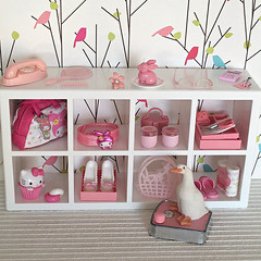 Pink is the colour of everything nice (Inger K) Tags: ikea huset mattel vintage barbie sekiguchi glasses hellokitty mymelody duck rement