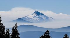 Mount Jefferson, Oregon (maytag97) Tags: maytag97 nikon d750 mount mt jefferson peak oregon cascade mountain range blue sky cloud silhouette tree snow landscape