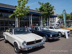 Wales on Wheels in Swansea 2018 05 19 #17 (Gareth Lovering Photography 5,000,061) Tags: transport bus buses cars vintage motorbikes museum mg triumph morris gilbern swt olympus penf 918mm garethloveringphotography wales swansea