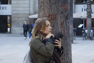 """Delphine Gidoin, photographer"", Studying the best compo. Plaça Reial, Barcelona."