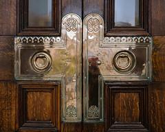 Door details, Walker Art Gallery, Liverpool (S.R.Murphy) Tags: april2018 architecture liverpool building door brass texture walkerartgallery metal wood shine fujifilmxt2 fujifilmxf1855mm lowhill england