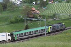 18_05_05 RegionBern (319) (chrchr_75) Tags: christoph hurni schweiz suisse switzerland svizzera suissa swiss chrchr chrchr75 chrigu chriguhurni chriguhurnibluemailch albumzzz201805mai mai 2018 albumbahnenderschweiz albumbahnenderschweiz20180106schweizer bahnen bahn eisenbahn train treno zug juna zoug trainen tog tren поезд lokomotive паровоз locomotora lok lokomotiv locomotief locomotiva locomotive railway rautatie chemin de fer ferrovia 鉄道 spoorweg железнодорожный centralstation ferroviaria