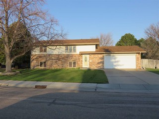 Mls# 21142 Is An Amazing 4 Bedroom, 2 Bath Home Located In North Platte, Ne. It's Priced Right At $170,000!