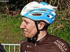 DSCN3967 (Ronan Caroff) Tags: cycling cyclisme ciclismo cyclist cycliste cyclists velo bike course race lannilis bretagne breizh brittany 29 finistère france coupedefrance trobroleon ribin ribinou dust mud boue poussiere men man sport sports avril april