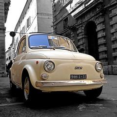 Fiat 500 - Siena (pom'.) Tags: panasonicdmctz101 siena toscana tuscany italia italy europeanunion april 2018 car vintagecar fiat fiat500 cinquecento 1957 1975 100 200 300