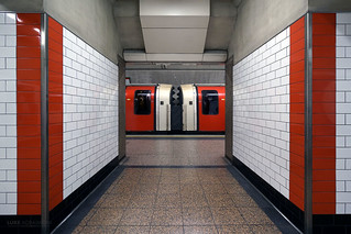 Symmetry at St Pauls Station